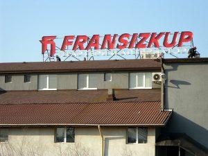fransizkup rooftop letters
